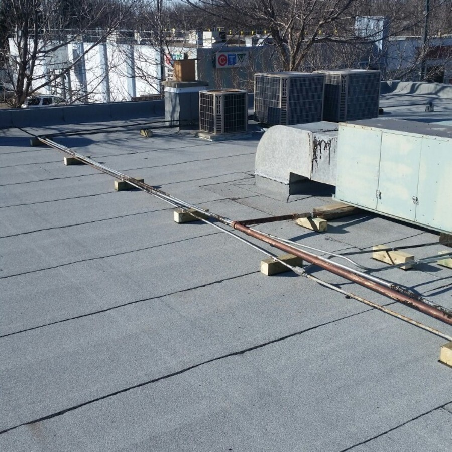 Top roofing seal